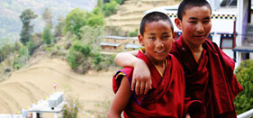 volunteer buddhist monastery in Nepal